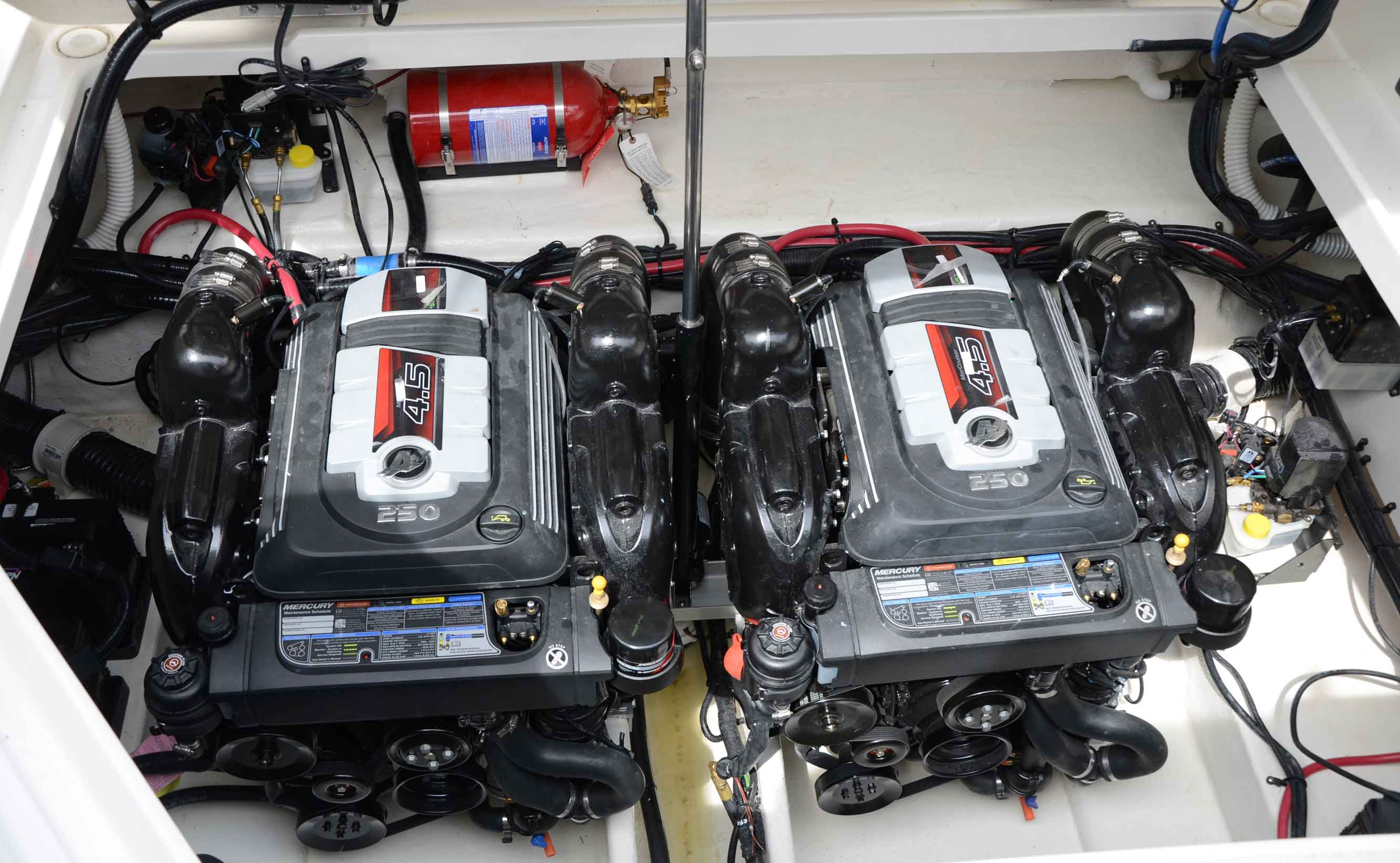 New Mercruiser 4 5L V6 250 Hp: simple, compact, strong - Boatmag