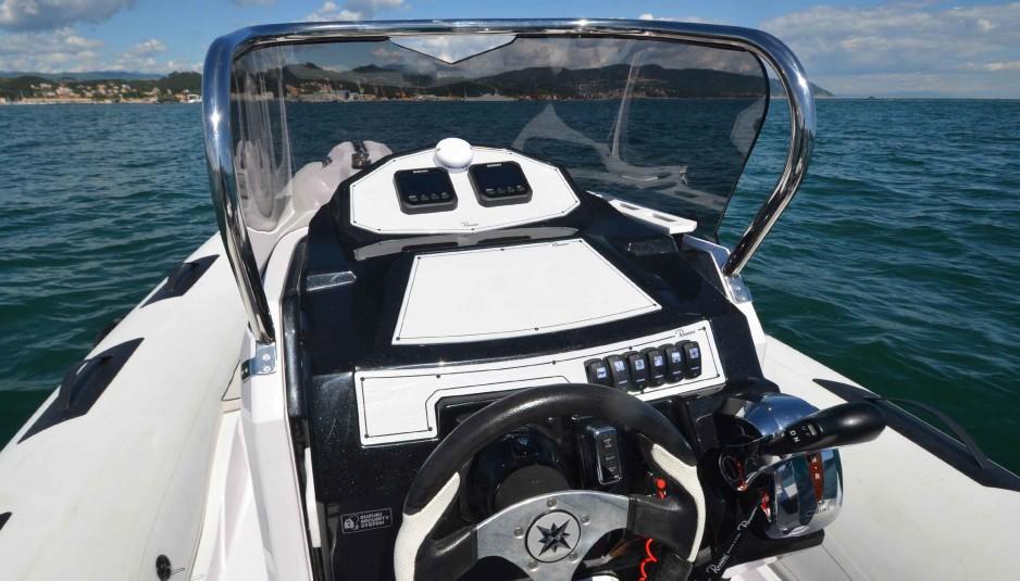 ranieri-cayman-23-sport-touring-consolle