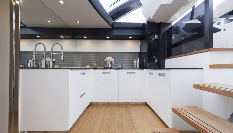 colorado-56-rioyachts-cucina-938x535