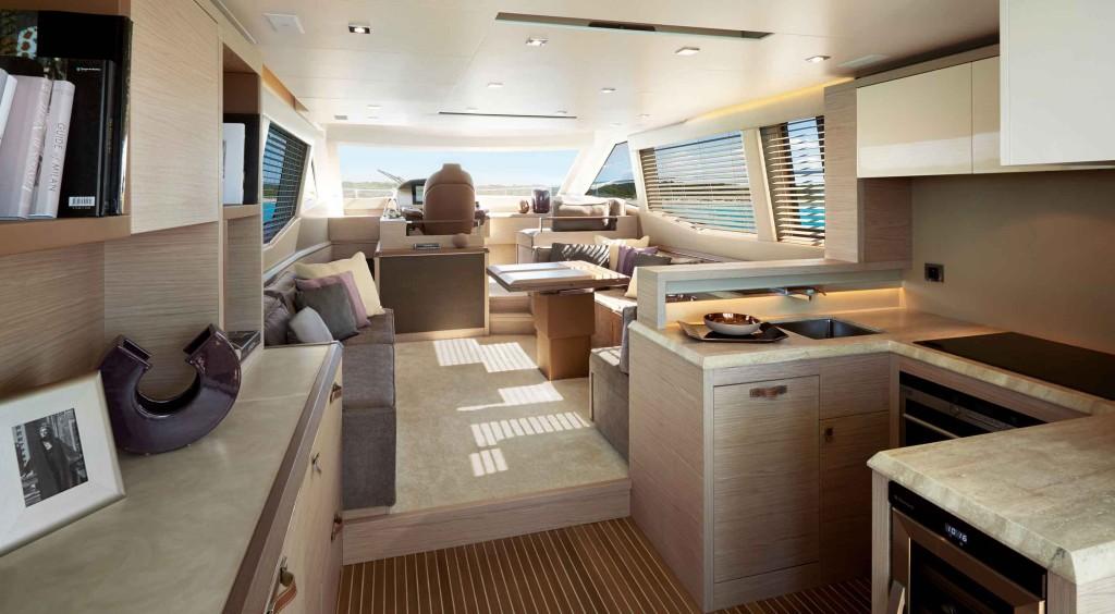 Monte Carlo MC6 S interiors